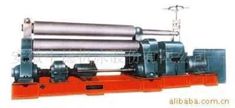 对称式三辊卷板机