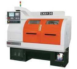 数控机床CK6136