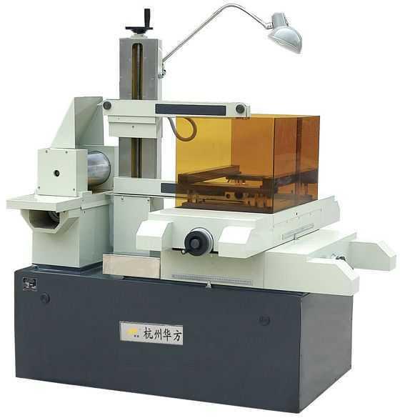 线切割机床DK7732(Z-J/BK/G)