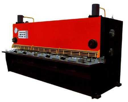 闸式剪板机