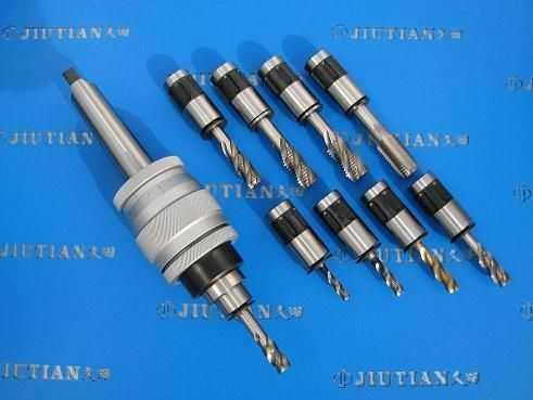 J48型新型可调式攻丝夹头