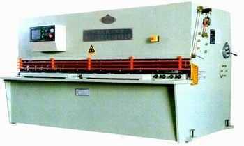 QC12K系列液压摆式数控剪板机
