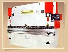 液压板料(数显)折弯机