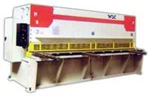 QC11NJDK数控液压闸式剪板机