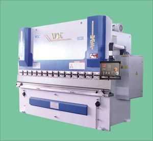 WD67NJDK-100T/3200数控液压板料折弯机