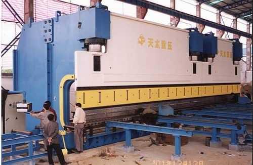 2-WE67K系列双机联动液压板料折弯机