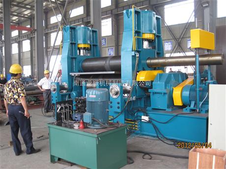 W11-6x2500三辊机械对称式卷板机1